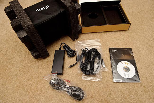 Drobo S Package Content