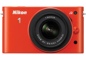 Nikon 1 J2 and 11-27.5mm Lens – A Minor Update for Less