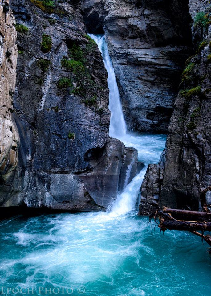 Johnston_Canyon_Lower_Falls