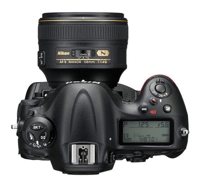 Nikon D4s Top