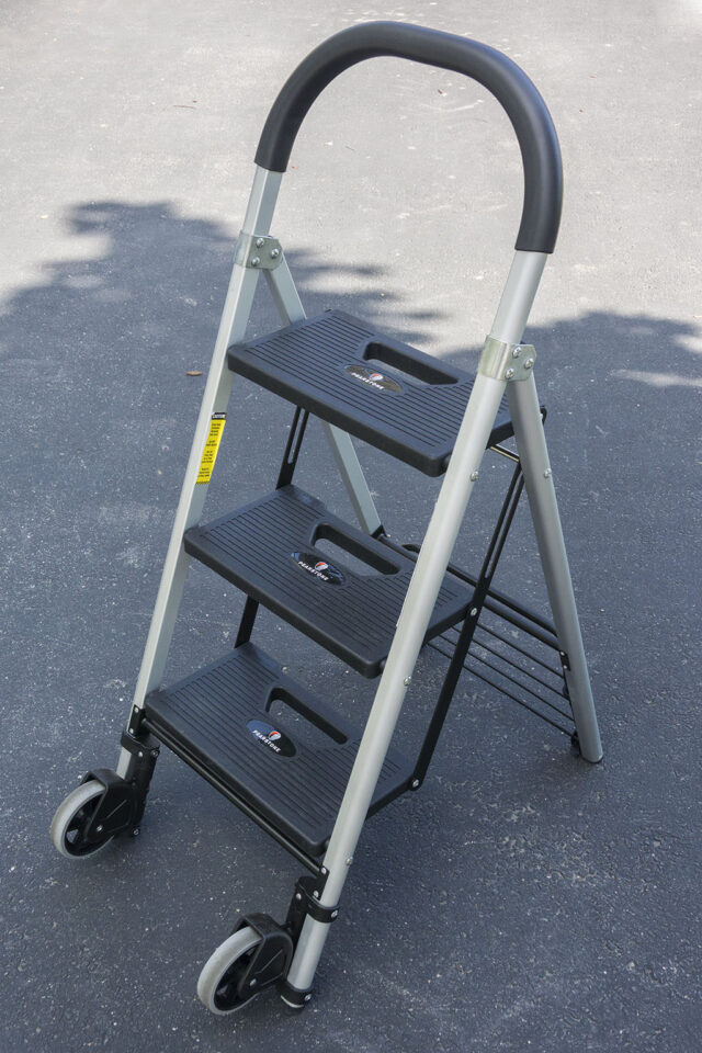 Pearstone PSL-3S 3-Step Photographer's Ladder