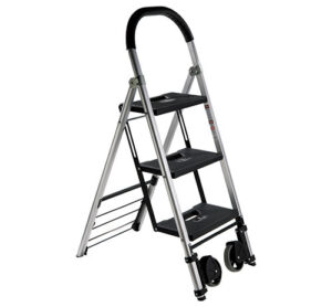 Pearstone PSL-3S 3-Step Photographer's Ladder Review
