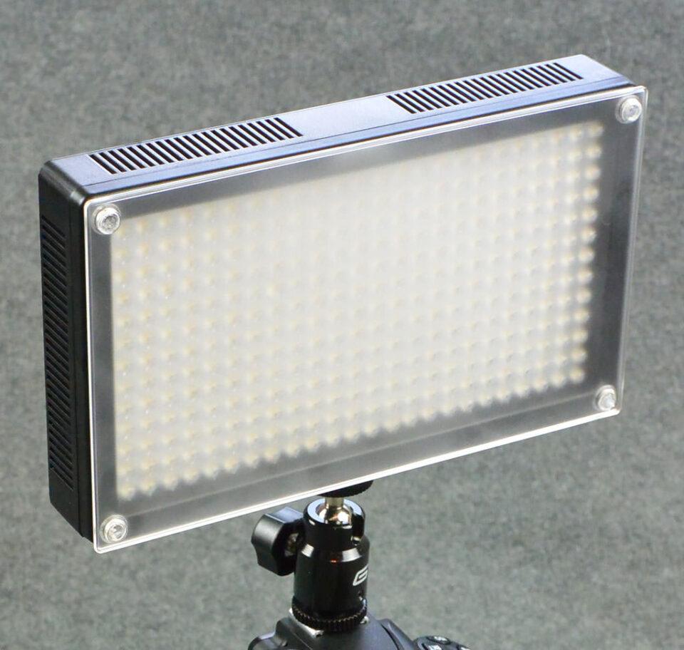 Genaray LED 7100T (1)