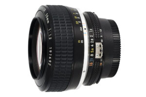 Nikon Noct-NIKKOR 58mm f/1.2 Review