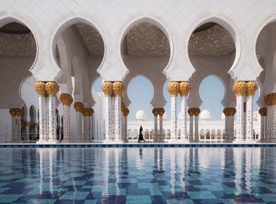 Grand-Mosque-of-Abu-Dhabi