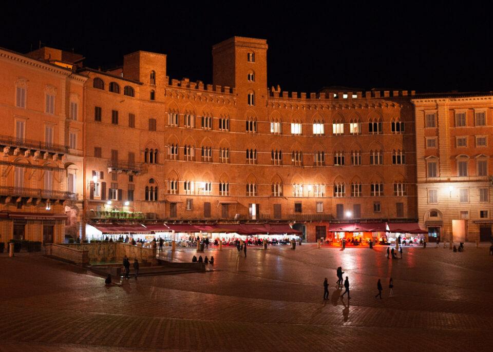 Siena Street at Night 35mm f1.8