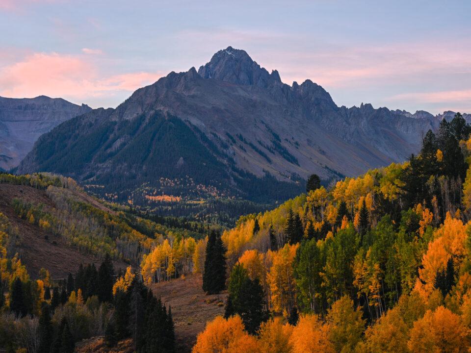El Mt Sneffels 2018 pasa por alto los colores del otoño